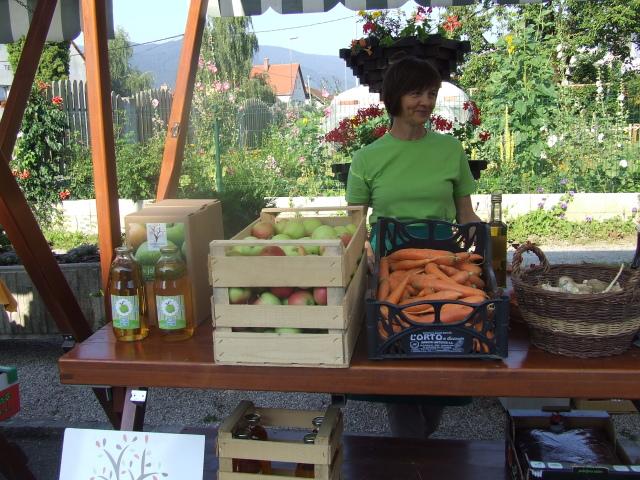 sadni likerji, marmelde (tudi iz buč), jabolka Sadjarstva Grahor2